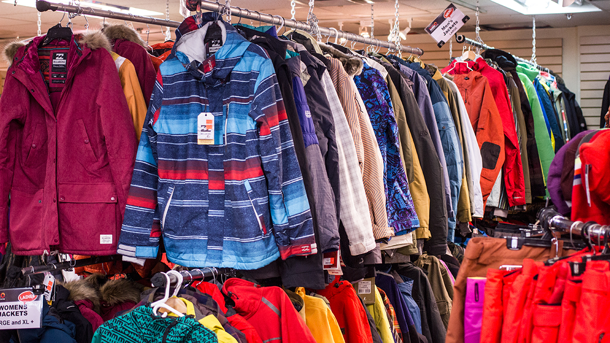 Clothing_Dept
