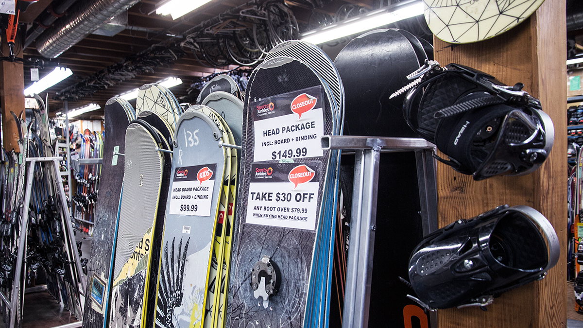 snowboards package